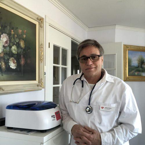 Dr. Juliano Metto